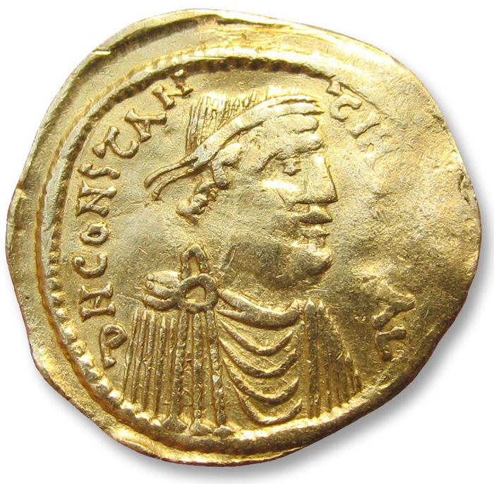 Byzantine Empire. Constans II (AD 641-668). Gold Semissis,  Constantinople mint 641-688 A.D.