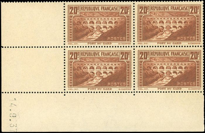 Frankreich - 20th century 20 francs copper Pont du Gard block of 4 with dated corner from 14th - Yvert 262