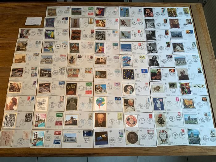 France 1950/2002 - 356 First Day Covers / Luxury covers and commemorative covers France 1957-2002