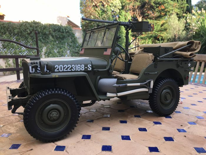 Hachette - 1:8 - Jeep Willys MB 1941