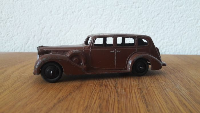 Dinky Toys - 1:43 - Dinky Packard Super 8 nr.39a