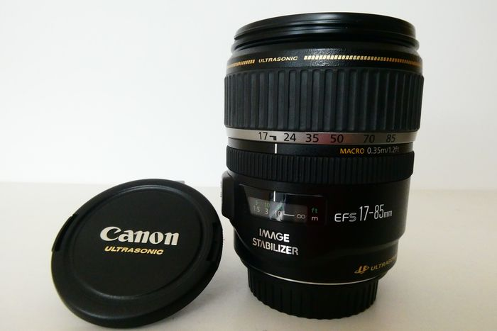 Canon 17-85 mm EF-S Image Stabilizer, Ultra Sonic Motor lens