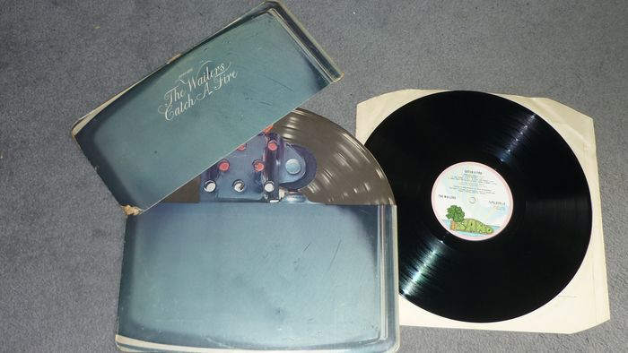Bob Marley & the Wailers - Catch a Fire [1st Pressing in Zippo sleeve] - LP Album - 1973