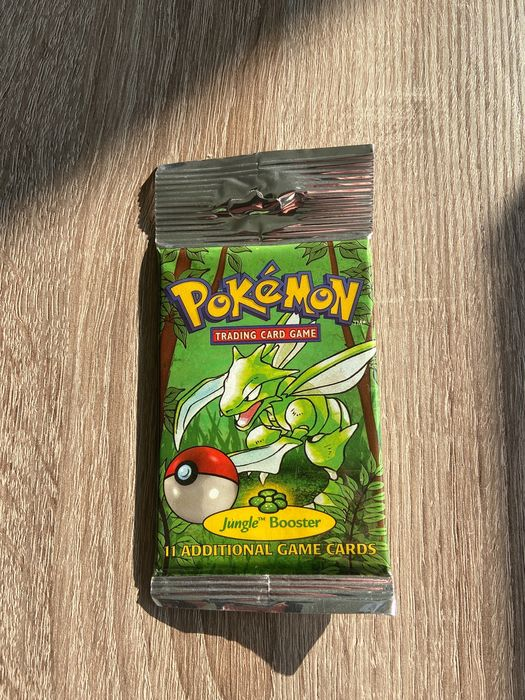 Wizards of The Coast - Booster Pack *UNOPENED* Jungle Booster Pack Factory Sealed - Scyther Art - 1999