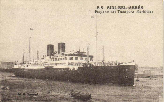 France - Seagoing vessels - Both Passenger, Merchant, Ferry and Paque boats - Postcards (Collection of 57) - 1900-1940