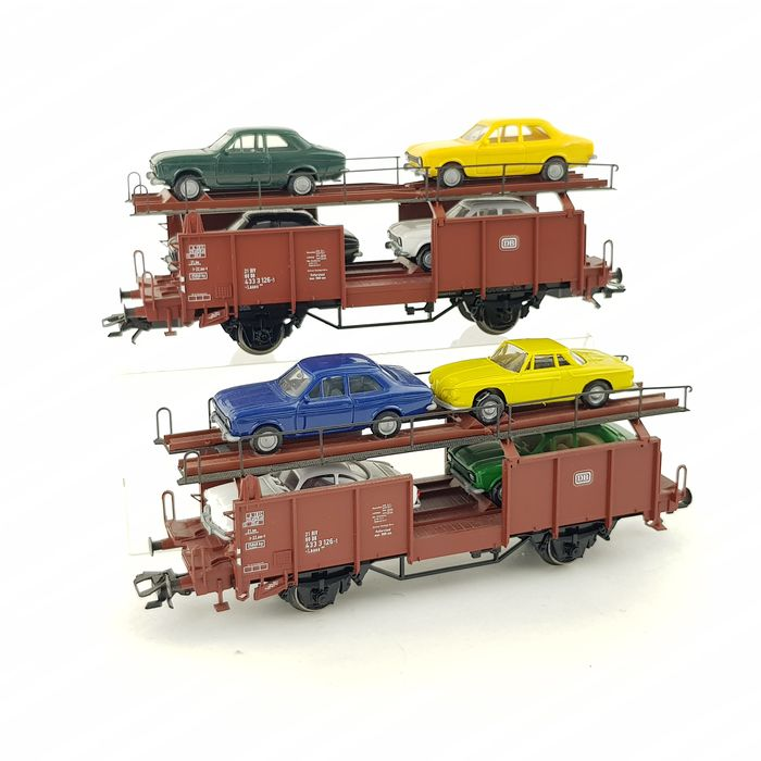 Märklin H0 - 46133 - Freight wagon set - Set of two car transporters with vehicles - DB