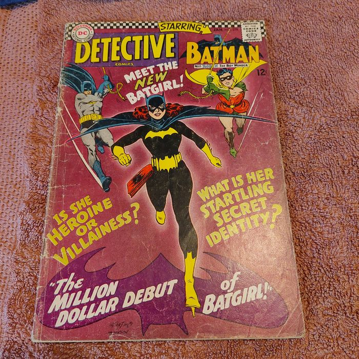 Detective Comics 359 First appearance and origin of Batgirl, Barbara Gordon - 1st appearance of Killer Moth in the Silver Age. Hot book !!