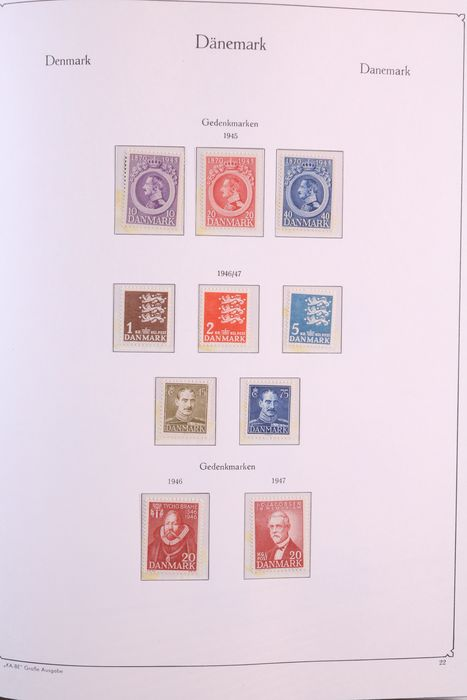 Denmark+Faroes+Greenland 1945/1984 - Collection in a luxury KABE pre-printed album