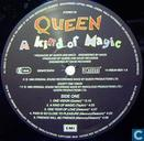 Vinyl records and CDs - Queen - A Kind of Magic