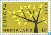 Briefmarken - Niederlande [NLD] - Europa – Baum mit 19 Blättern