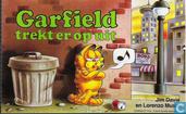 Garfield trekt er op uit