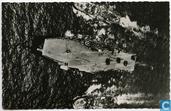 Vliegdekschip Hr.Ms. Karel Doorman geflankeerd door Hr.Ms. Limburg en Hr.Ms. Groningen tijdens olie laden op zee.
