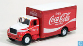Voitures miniatures - Johnny Lightning - International Truck 'Coca-Cola'
