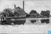 Het veer met pannenfabriek