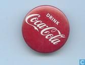 boivent du Coca Cola