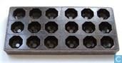 Bonbon, motief: achthoekig