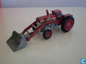Massey Ferguson 165 Tractor with shovel