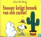 Snoopy krijgt bezoek van een cactus!