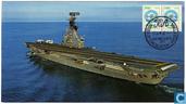 """""""25 de Mayo"""" van de Argentijnse marine, voorheen vliegdekschip Karel Doorman. Grumman Trackers aan boord."""