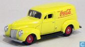 Modellautos - Johnny Lightning - Ford Sedan Delivery 'Coca-Cola'