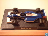 Tyrrell 019 - Ford