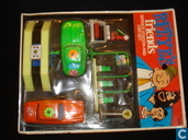 Popeye's Friends Service Station and Car set