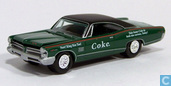 Modelauto's  - Johnny Lightning - Pontiac Catalina 2+2 'Coca Cola'