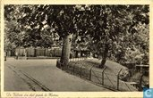 De voliere in het park van Hoorn