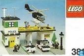 Lego 381-2 Police Station