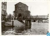 06 - Delftse Poort met Delftsevaart