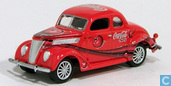Modelauto's  - Johnny Lightning - Ford Coupe 'Coca-Cola'