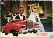 06 - Lady Penelope en haar butler Parker met de Rolls Royce