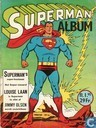 Strips - Superman [DC] - Superman's super-kostuum!