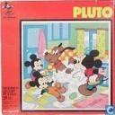 Pluto neemt een bad