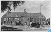 Enschede, Hogere Textielschool met Standbeeld Dr. Ariëns