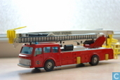 Dennis ` Simon Snorkel` Fire Engine