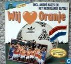 Wij houden van oranje / De allergrootste voetbalkrakers