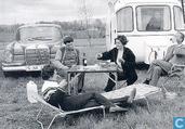 B080283 - Mercedes + Caravan