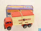 Model cars - Matchbox - Mercedes-Benz Container Truck