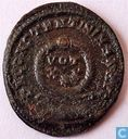 Empire romain de Thessalonique AE3 Kleinfollis 320 AD l'empereur Constantin le Grand.