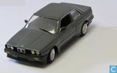 BMW M325i