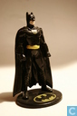 Batman: Standing on pedestal