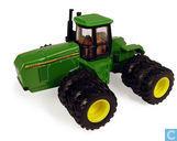 John Deere 8770 4WD Triple