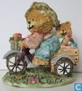 driewieler met beren erop