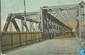 Spoor en voetbrug