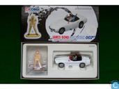 Toyota 2000 GT + Blofeld