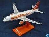 EasyJet - A319 (01)
